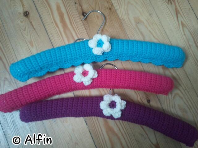 CROCHET COAT HANGER ? Crochet For Beginners
