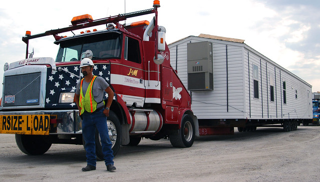 First FEMA modular homes arrive in Joplin. Photo by Kansas City District U.S. Army Corps of Engineers