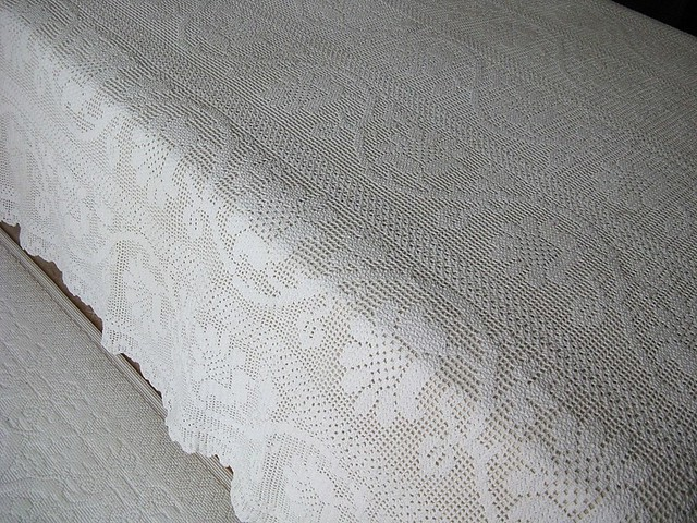 Spangled Bedspread - Free Crochet Bedspread Pattern