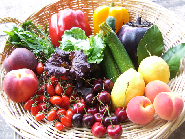 Summer Fruit and Vegetable Box