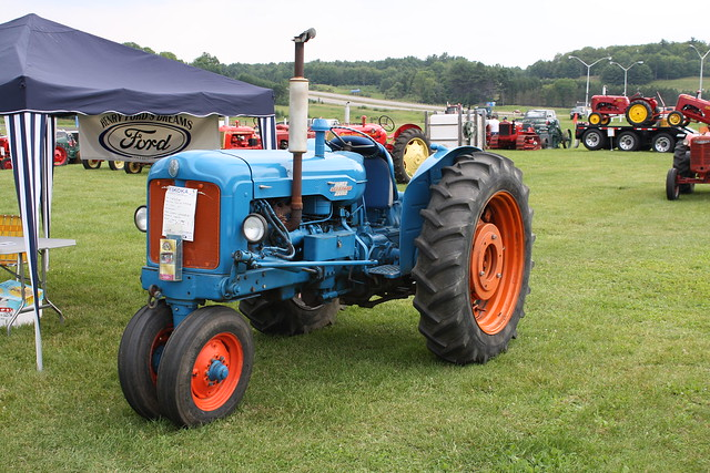1957 Fordson Major Diesel Tractor : Fordson major tractor pictures to pin on pinterest