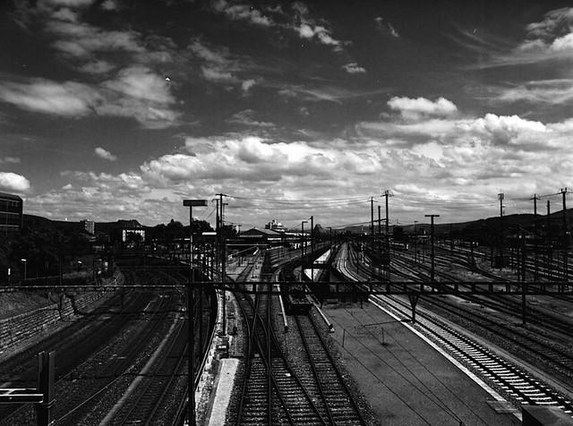 track & cloud