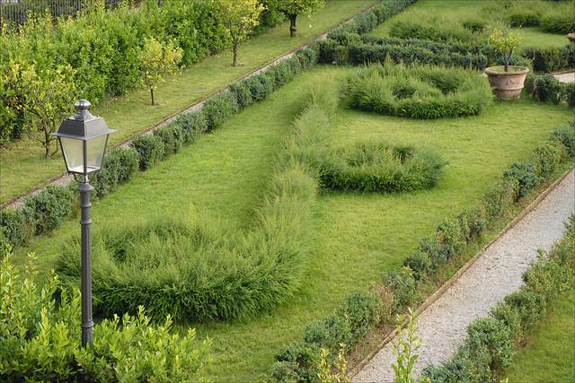 Le jardin du palais barberini rome flickr photo sharing for Le jardin 489 rome