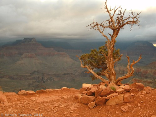 Another cloudy sunrise on the South Kaibab Trail, Grand Canyon National Park, Arizona