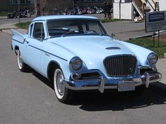 studebaker golden hawk(0.0), compact car(0.0), volvo cars(0.0), convertible(0.0), sports car(0.0), automobile(1.0), automotive exterior(1.0), vehicle(1.0), studebaker silver hawk(1.0), antique car(1.0), sedan(1.0), land vehicle(1.0), luxury vehicle(1.0),