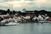 <p>die kleine Stadt Grimstad in Norwegen<br /> the small town Grimstad in Norway</p>