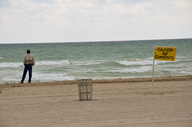 Caution Rip Currents