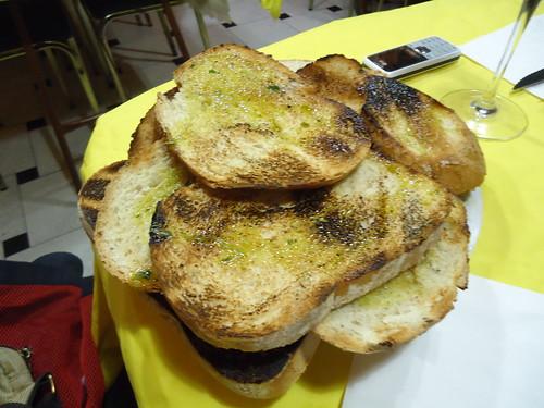 Zaragoza   Mesón Oliete   Pan con aceite