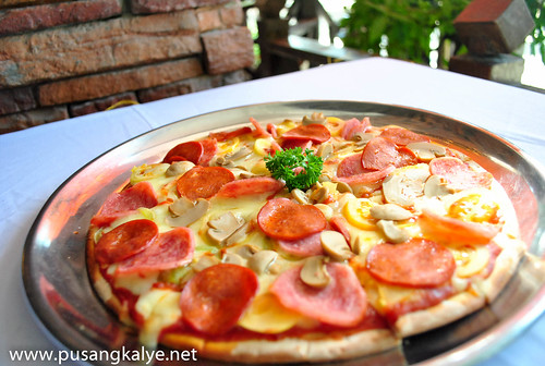 Don VITO Boracay_pizza