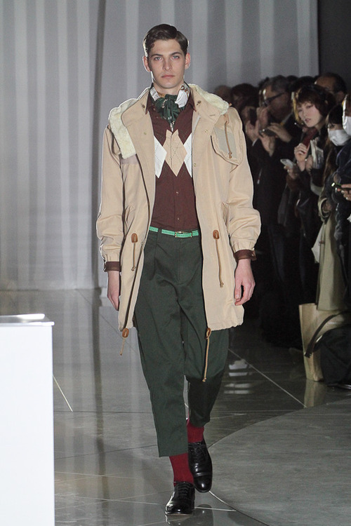 FW12 Tokyo The Dress & Co. HIDEAKI SAKAGUCHI002_Maxime Bergougnoux(Fashionsnap)