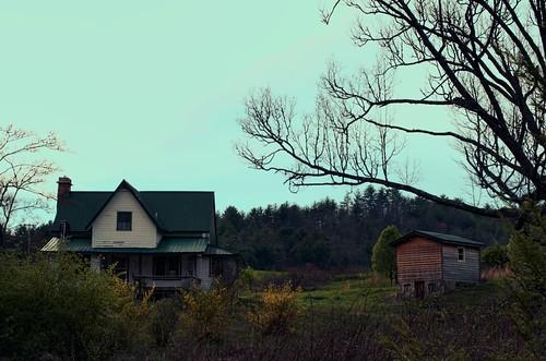 trees sunset abandoned farmhouse outdoors pentax decay northcarolina kmount k01 mirrorless ruralmountains smcpentaxda40mmxs