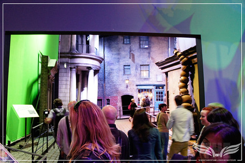 The Establishing Shot: The Making of Harry Potter Tour - Leaving the Creature Shop & entering Diagon Alley by Craig Grobler