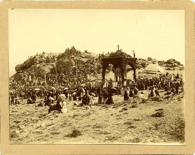 Romería del Valle a principios del siglo XX. Fotografía de D. Pedro Román Martínez. Diputación de Toledo, Centro de Estudios Juan de Mariana