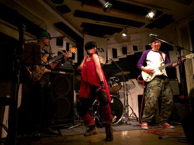 アキノギ&春日善光 live at Terra, Tokyo, 27 Oct 2011. 088