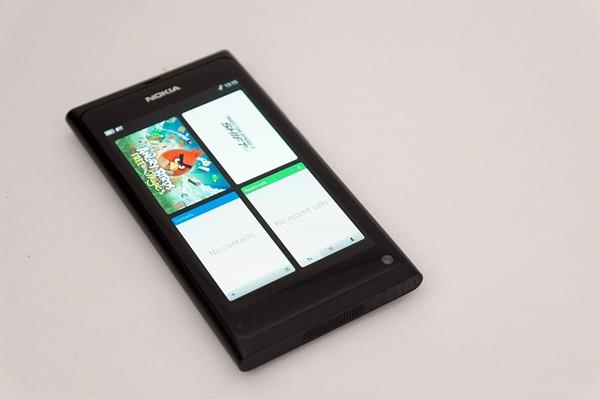 Nokia N9-9