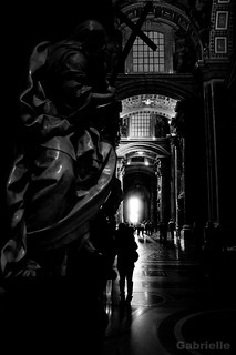light [St. Peter Basilica]