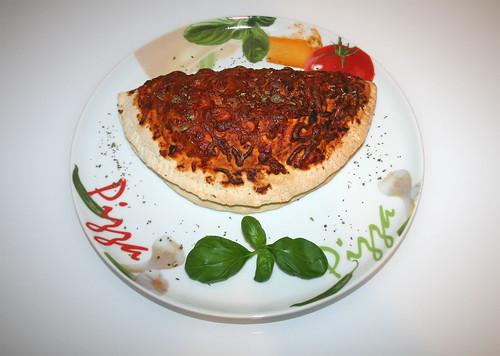 49 - Pizza Calzone - Serviert