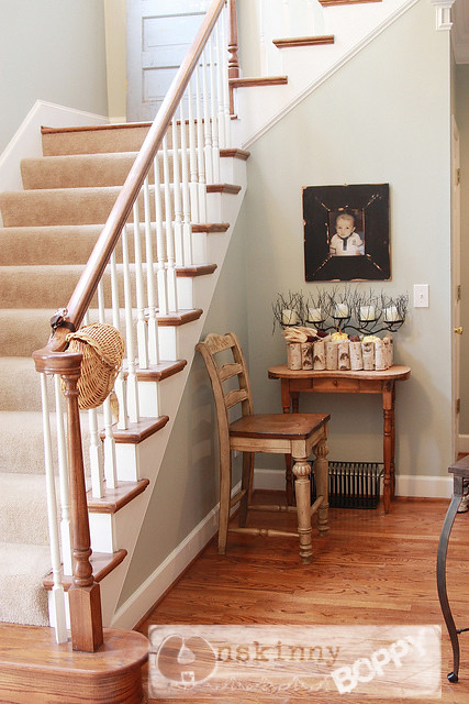 foyer staircase decor