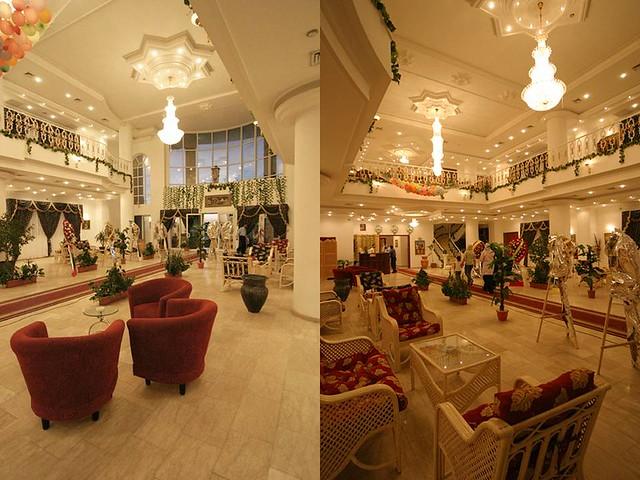 Define Foyer In Hotel : Luxury hotel definition meaning