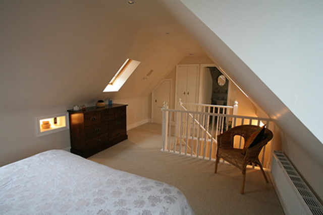 How to build a loft mezzanine in a small bedroom flickr for How to make a loft room
