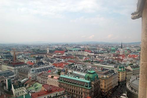 Die Gebäude von Hofburg und Museumsdistrikt sind zu erkennen