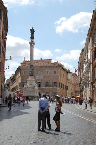 Die Piazza di Spagna mit Brunnen