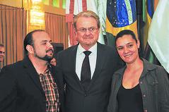 03/11/2011 - DOM - Diário Oficial do Município