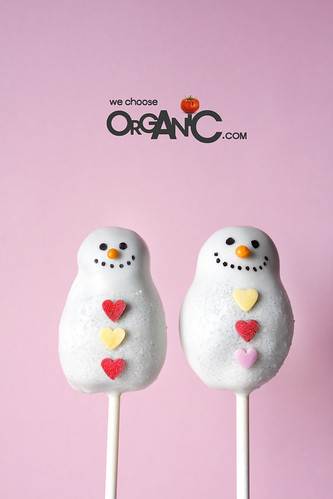 Cute and Lovely Christmas Snowman Cake Pops