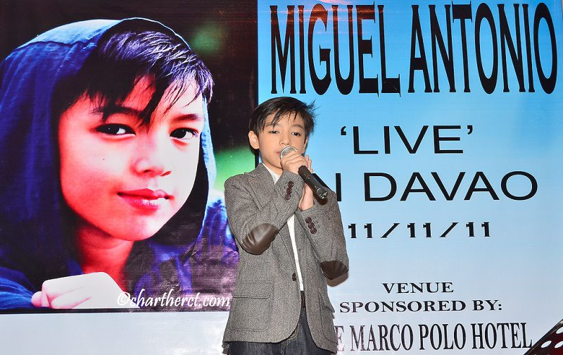 Singapore's Miguel Antonio Live in Davao at Eagle's Bar in Marco Polo