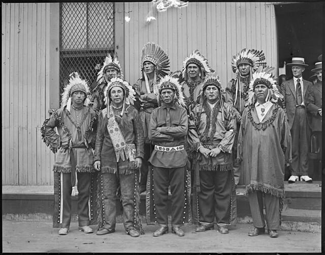 Big Passamaquoddy tribe here on way to Plymouth Tercentenary | Flickr ...: flickr.com/photos/boston_public_library/6378435067