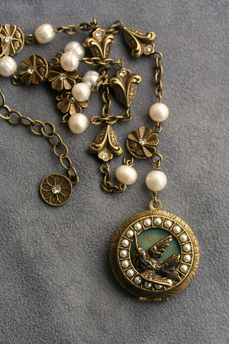 locket_hummingbird