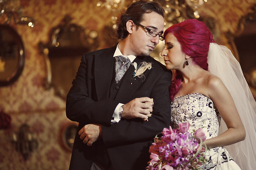 What made our wedding offbeat Carlos and I met at a gothic