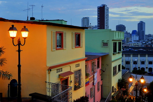 street sunset colors ecuador nikon streetlight d90 cerrodelcarmen rememberthatmomentlevel1 rememberthatmomentlevel2 rememberthatmomentlevel3