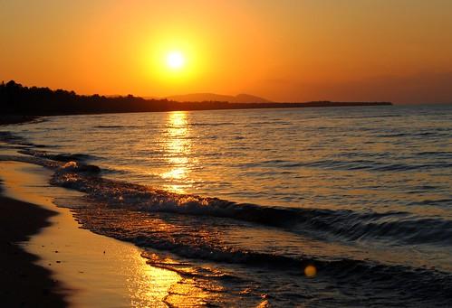 orange sun lake beach nature water mi rural midwest waves michigan greatlakes upperpeninsula lakesuperior ontonagon porkies aunset ontonaganmichigan