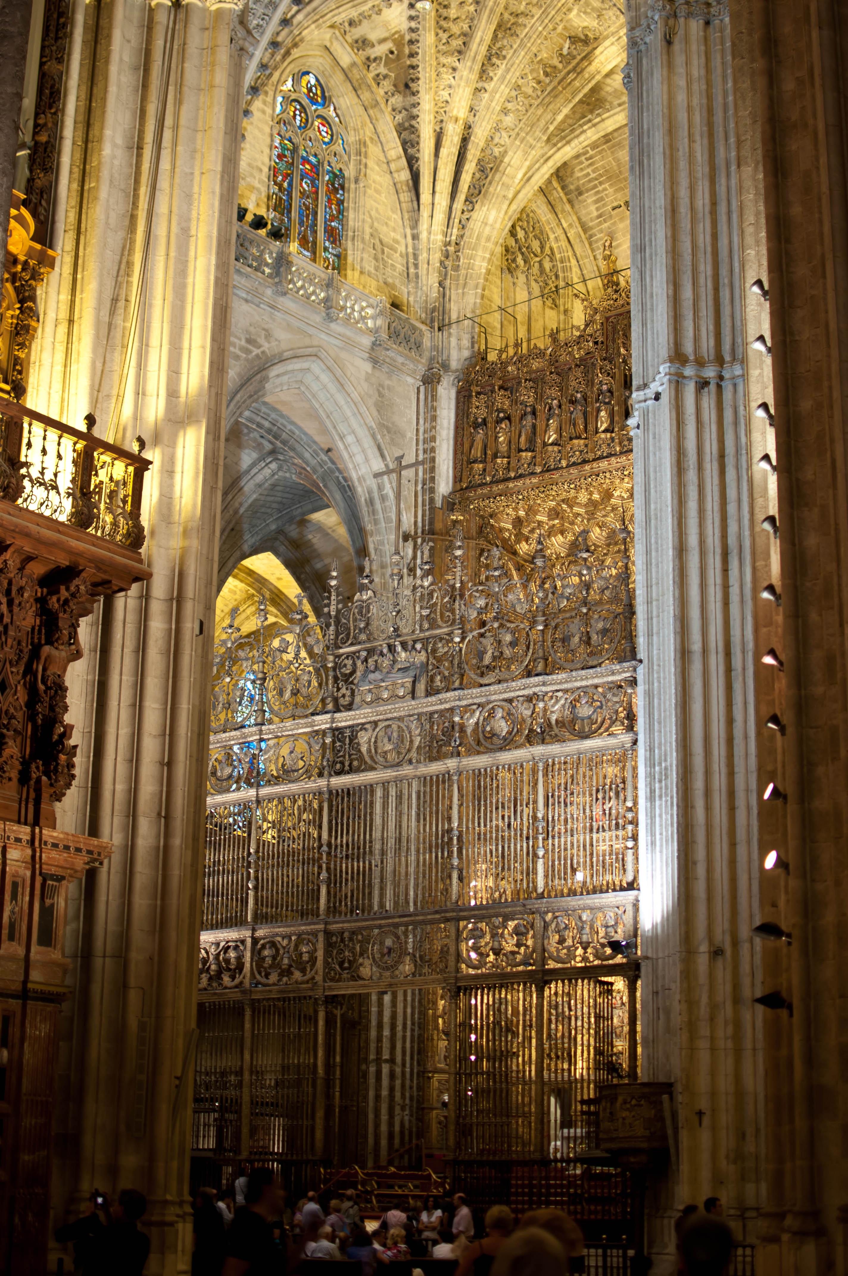 Catedral de sevilla interior de la catedral de sevilla by roberto andradas flickr photo - Catedral de sevilla interior ...