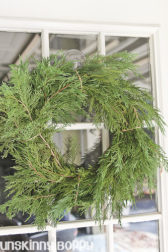 DIY Evergreen Christmas wreaths (6 of 16)