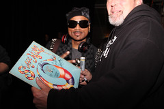 Hen Dogg signing Rappers Delight album