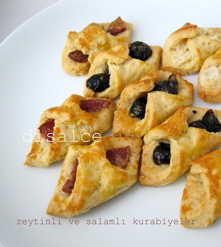 zeytinli ve peynirli kurabiyeler