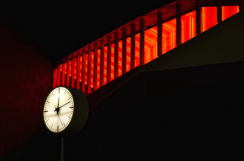 nightphotography red color colour liverpool nikon time d7000 g8lite