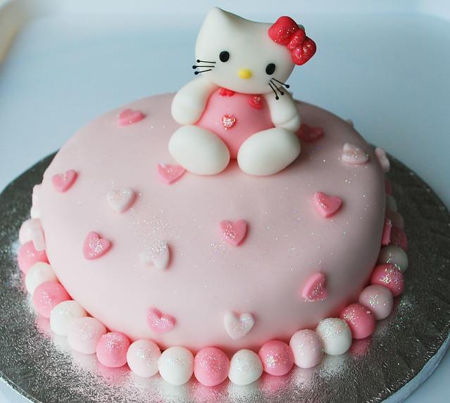 Cake Hello Kitty Birthday : Hello kitty birthday cake Flickr - Photo Sharing!