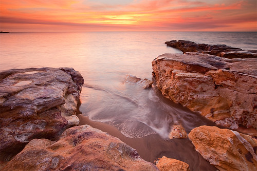sunset beach canon coast rocks nt australia darwin coastline rapidcreek northernterritory topend watermovement the4elements leefilter thetopend eos5dmarkii