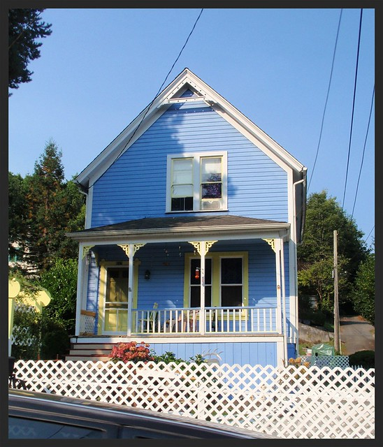 Blue Victorian House W Yellow Trim Flickr Photo Sharing