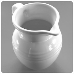 dishware, serveware, tableware, ceramic, porcelain,