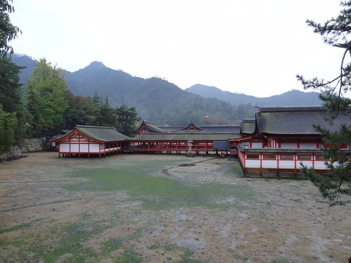 Itsukushima Shrine - Miyajima by girl from finito