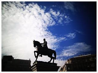 Estatua del Marqués del Duero 의 이미지. picplz