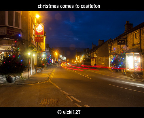 CHRISTMAS COMES TO CASTLETON