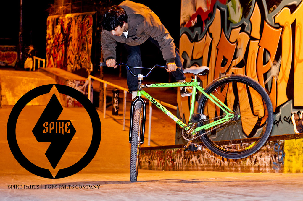 Spike Parts & BB17 team rider: Sol Smith TAIL WHIP AD
