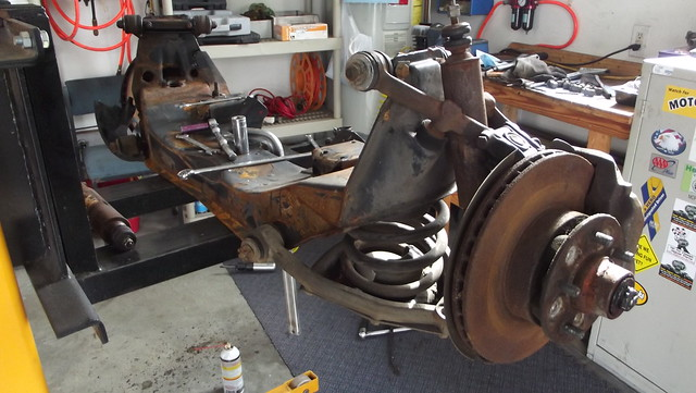 Pros Cons Inboard Brakes 54576 further  likewise 1939 Chevy On A S10 Frame additionally 1365547 Crown Vic Ifs Swap For 81 F150 as well Navara pathfinder 4wd. on jaguar rear end swap