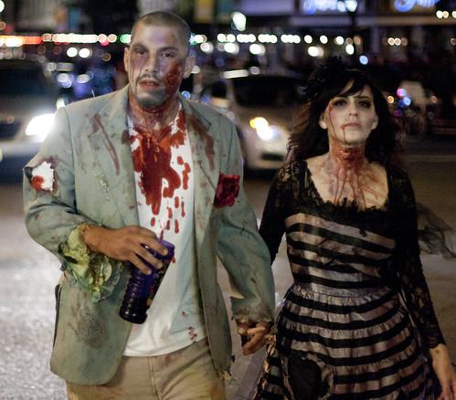 Zombie couple