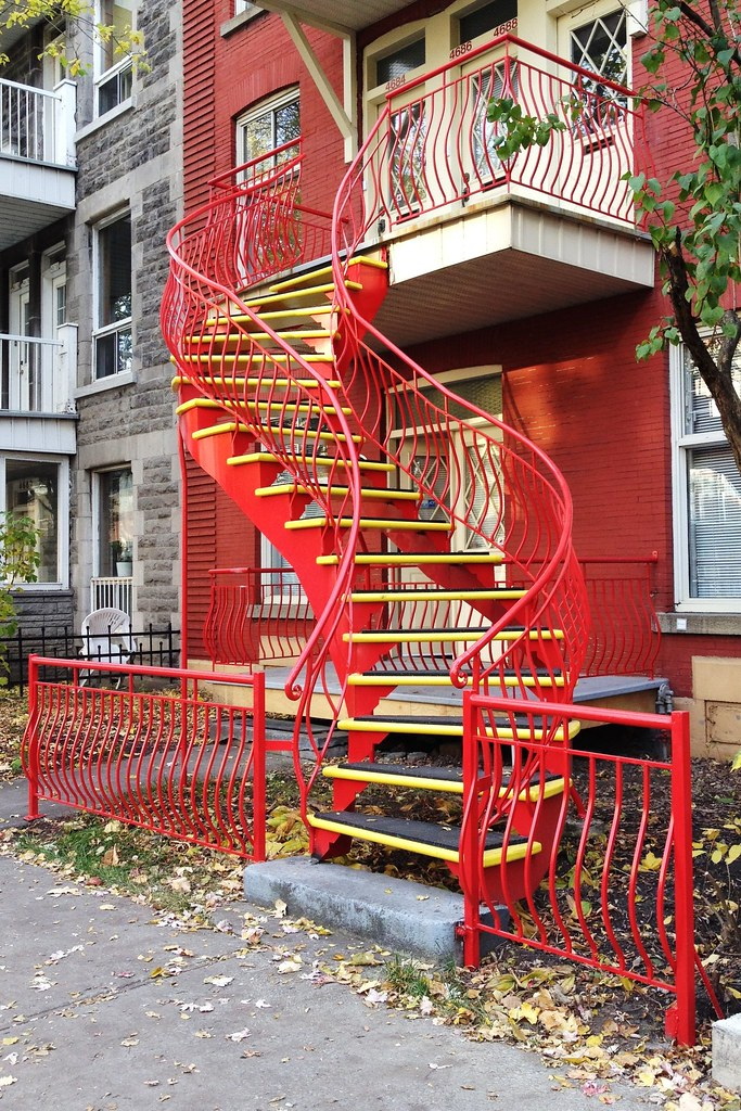 Winding outdoor staircases in Montréal